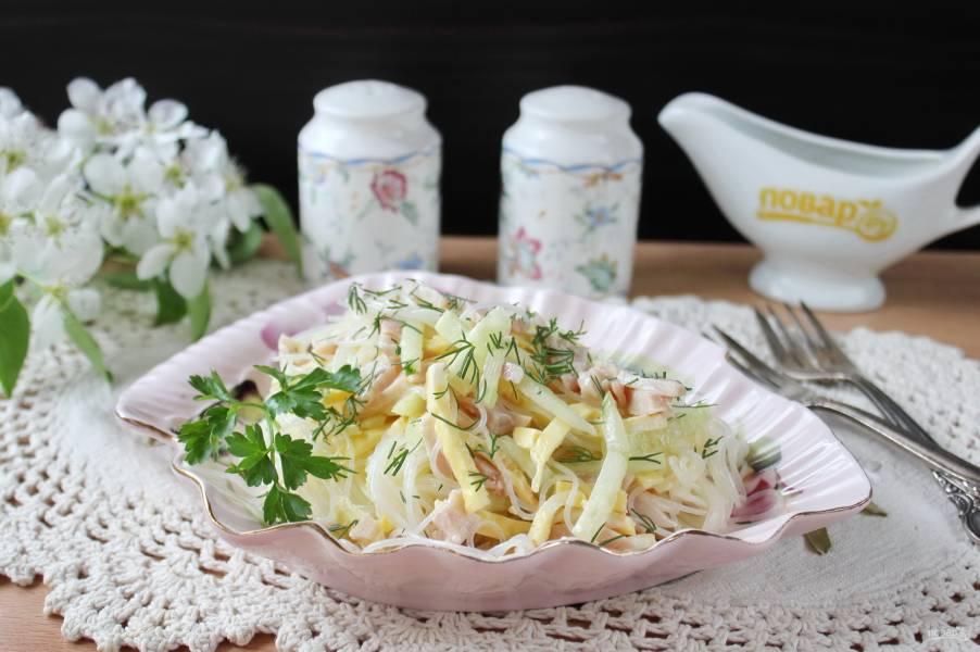 Итальянский салат с фунчозой