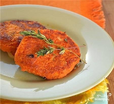 Морковные биточки