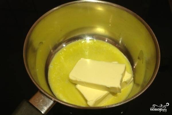 3. На медленном огне растопить сливочное масло. Главное, чтобы оно не начало гореть.