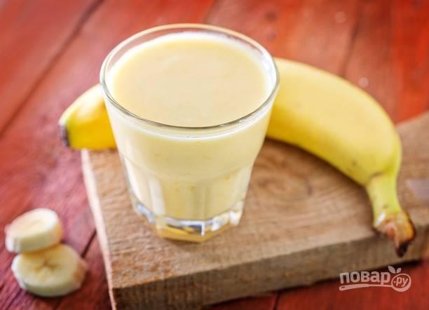 """Коктейль """"Молочный"""" с мороженым и бананом"""