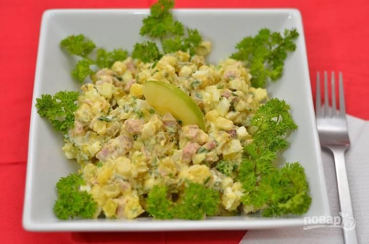 13.Получается очень вкусный и питательный мясной салат.