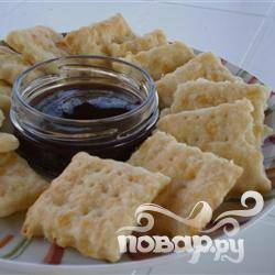 Крекеры с сыром чеддер