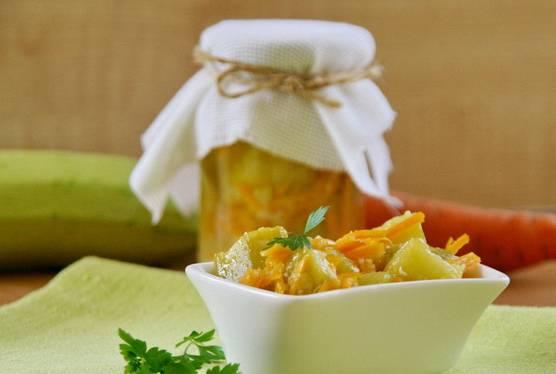 9. Вот и весь вариант, как приготовить кабачки с морковкой на зиму. Очень аппетитно, пикантно, вкусно!