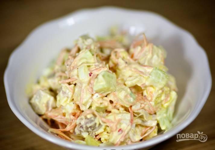 8.Салат легкий и очень интересный по вкусу. Если нет времени, его можно сразу после приготовления подавать на стол.