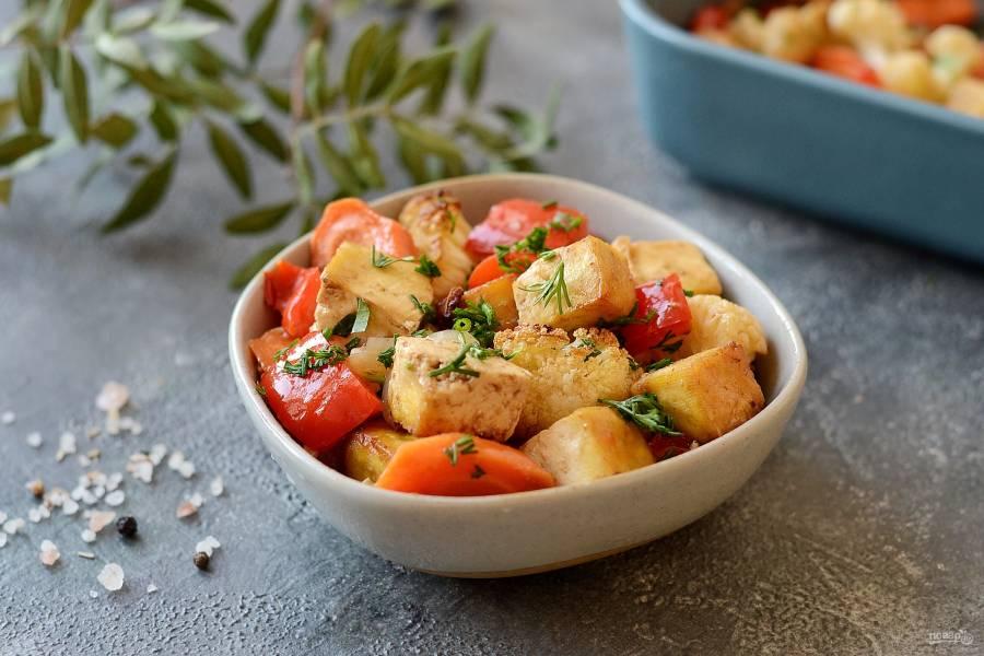 Тофу в духовке с овощами