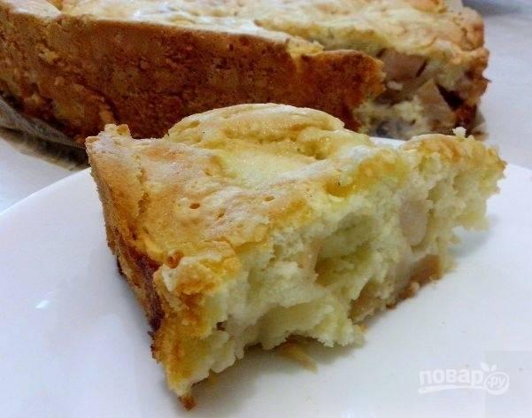 Пирог с яблоками готов, приятного аппетита!