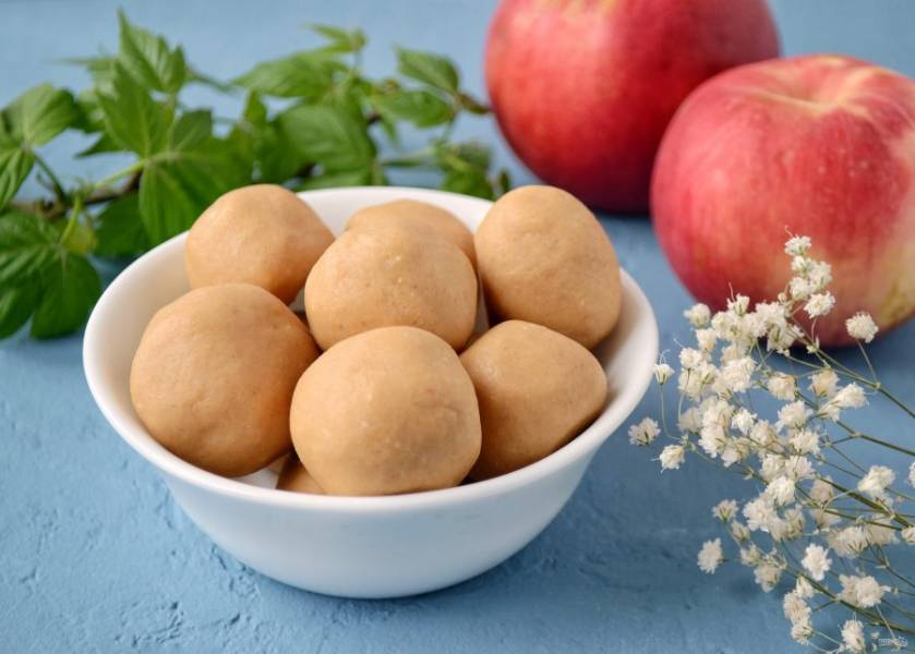 Арахисовые шарики готовы, приятного аппетита!