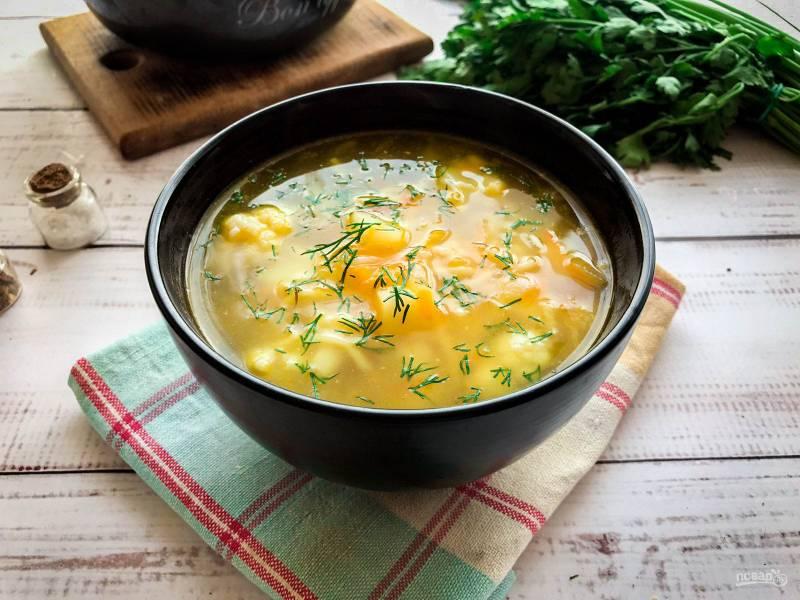 Суп из цветной капустой с вермишелью