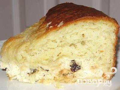 5.Дайте колачу остыть. Колач при желании можно посыпать сахарной пудрой.