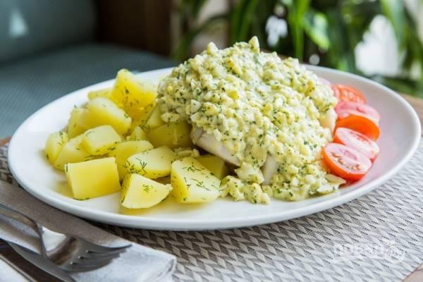 Рыба по-польски с яйцом
