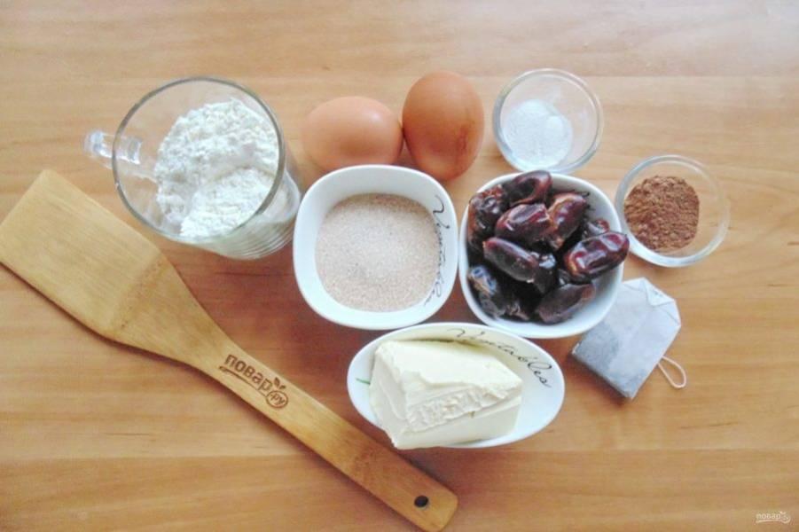 Подготовьте ингредиенты для приготовления пудинга.