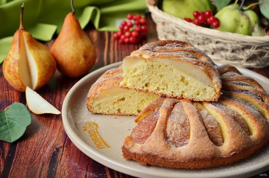Кукурузный пирог с грушами