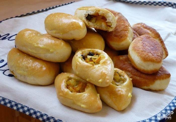 Пирожки с грибами и капустой