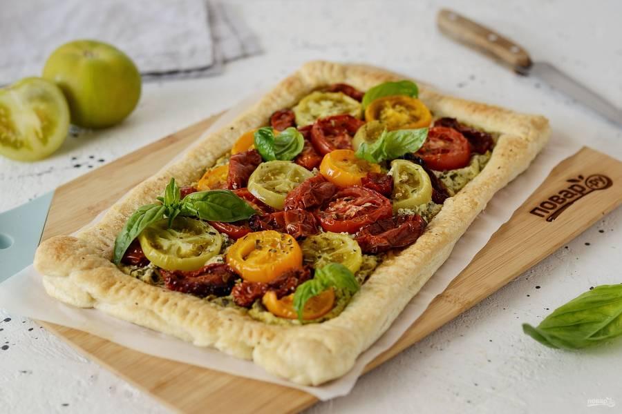 Пирог с вялеными помидорами