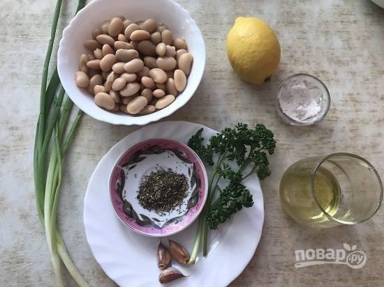 1. Для приготовления паштета нам потребуются вот такие продукты.