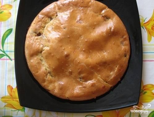 Пирог с рыбной консервой и картошкой