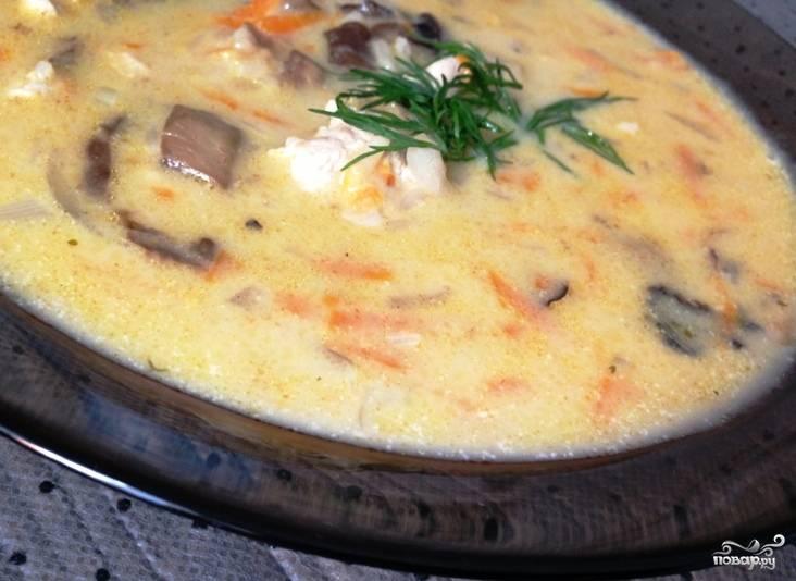 Суп из индейки с грибами