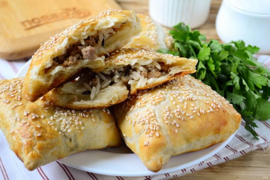 Пирожки с мясом и диким рисом