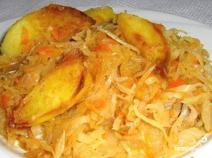 Капуста тушеная с картофелем