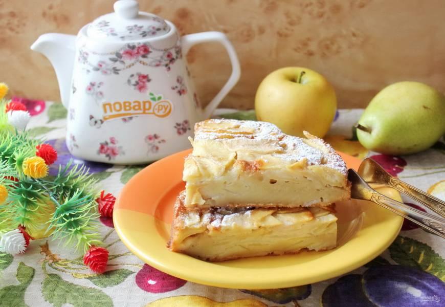 """Пирог """"Невидимка"""" из яблок и груш"""