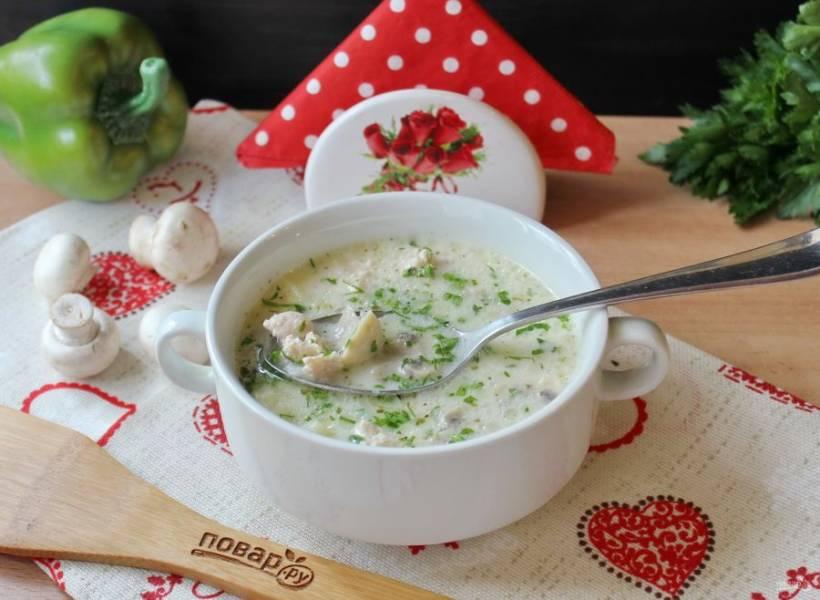 Сырный немецкий суп готов. Подавайте на первое в обед.