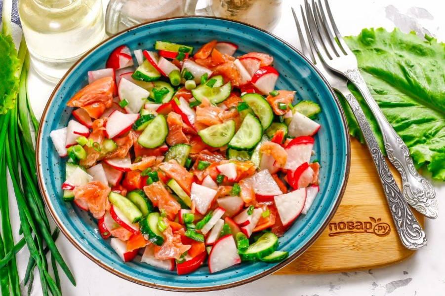 Выложите приготовленное блюдо на тарелку и подайте к столу сразу после приготовления. Приятного аппетита!