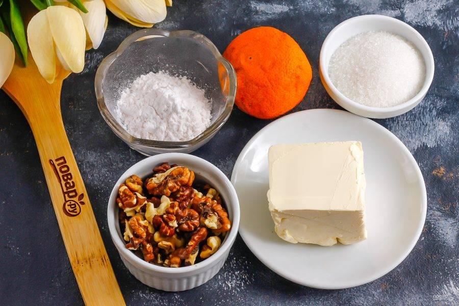 Подготовьте указанные ингредиенты. Вместо цитрусового сока можно использовать молоко любой жирности.
