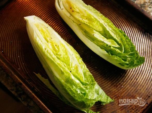 2.Отправляю салат на 5-8 минут в разогретый до 180 градусов духовой шкаф, чтобы он подсох.