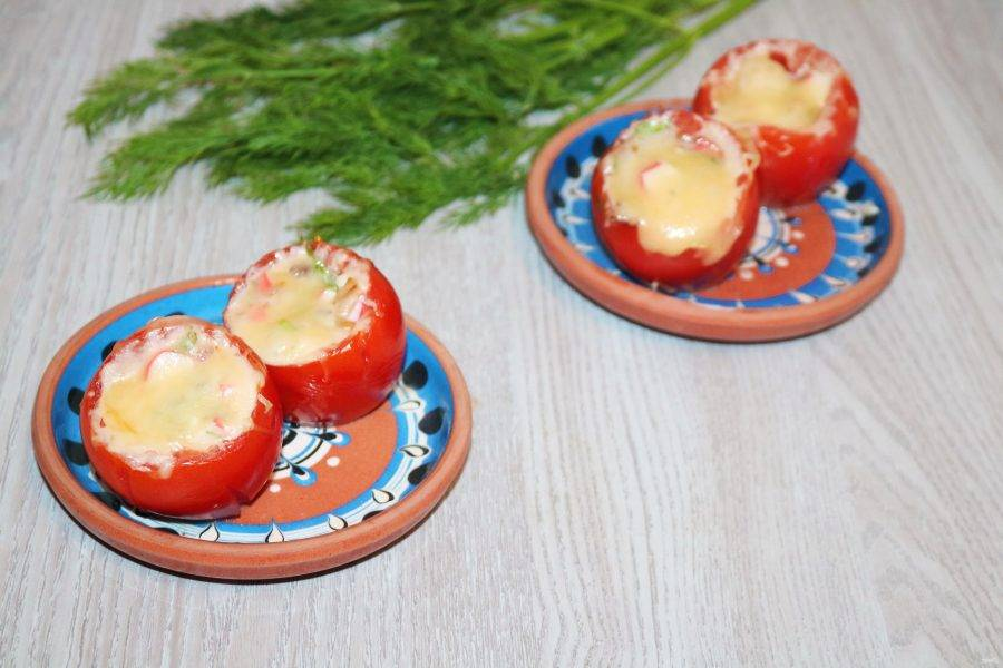 Сочные, яркие и ароматные помидоры порадуют вас и близких. Приятного аппетита!