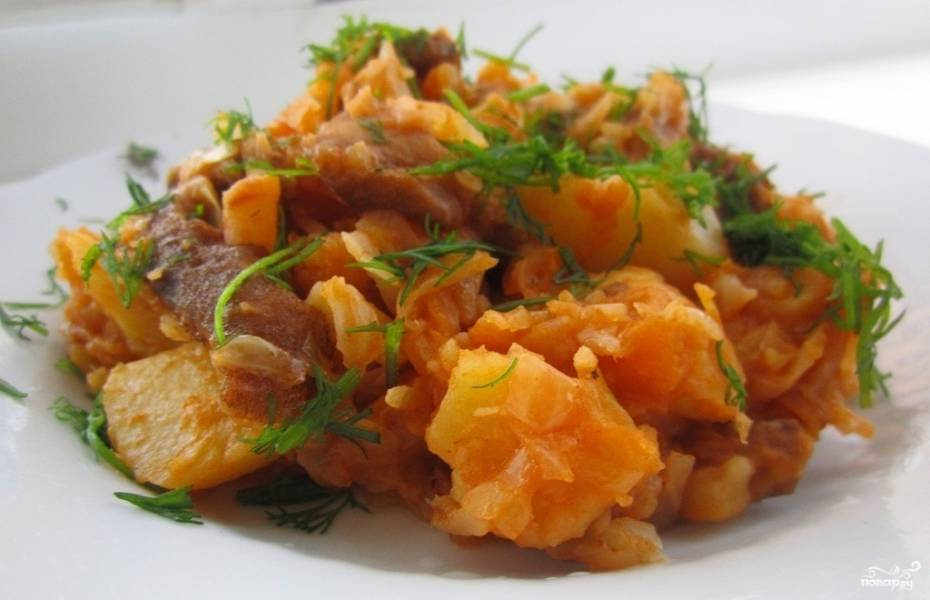 Тушеная капуста с картошкой мясом