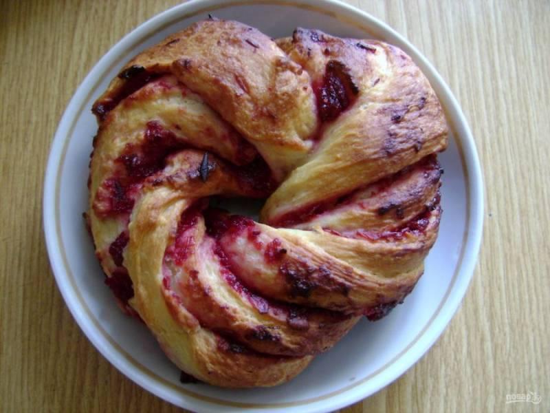 7. Вот такие красивые получаются наши булочки после выпекания. При желании можно присыпать их немного сахарной пудрой.