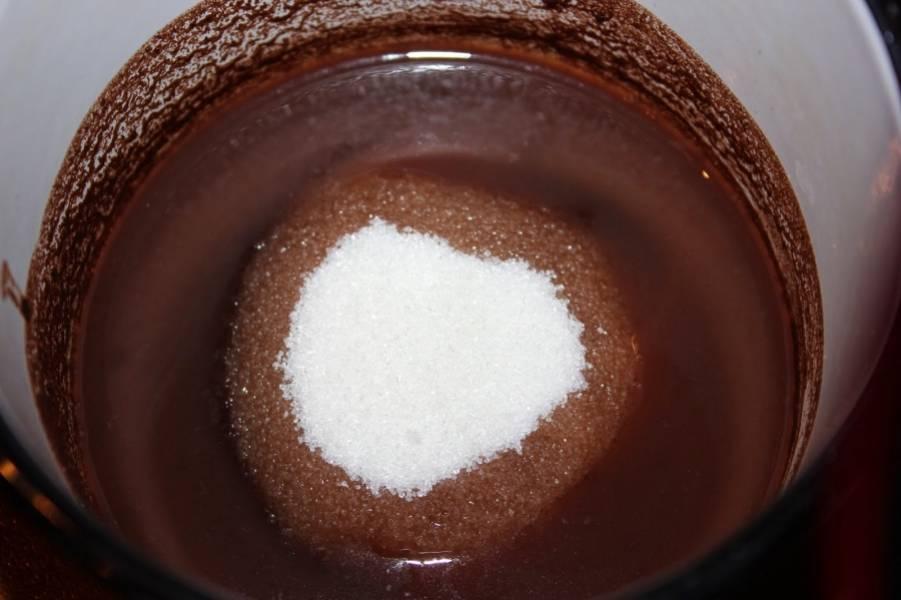 Потом добавьте к полученной массе сахар.