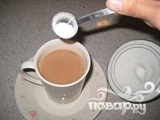 Добавить сахар по вкусу.