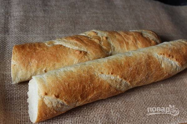 4. Хлеб замочите в молоке.