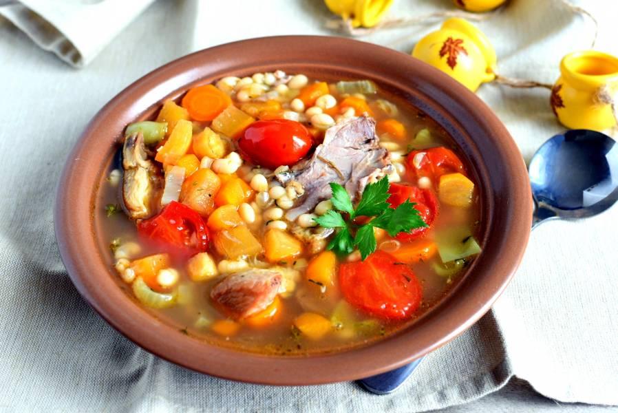 Суп по-крестьянски с белой фасолью