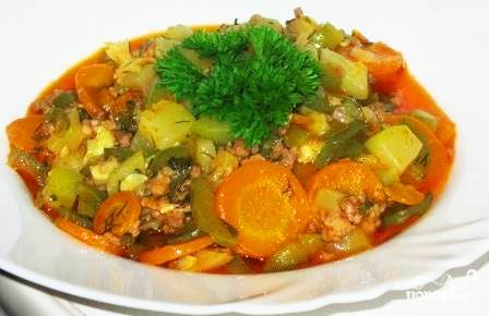 Рагу с фаршем и овощами