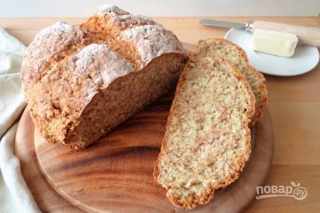 Цельнозерновой бездрожжевой хлеб в духовке