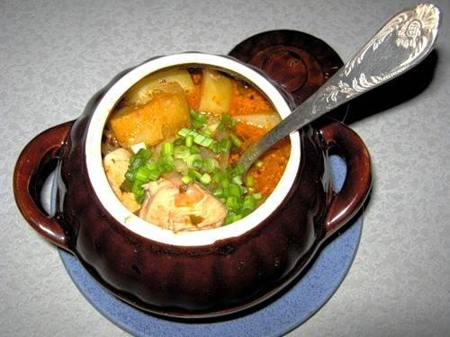 5. К рагу можно подать соления или свежие овощи. Приятного аппетита!