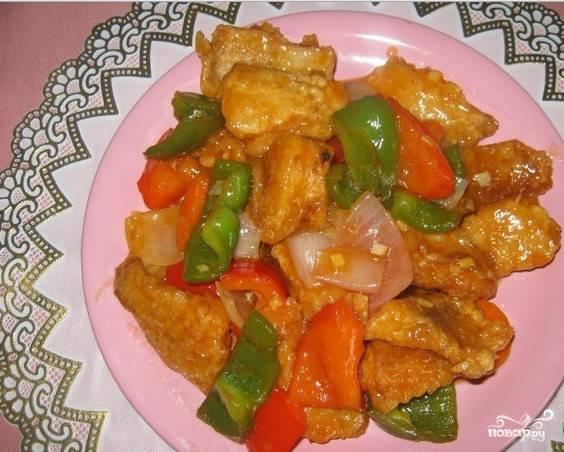 Пангасиус в кисло-сладком соусе