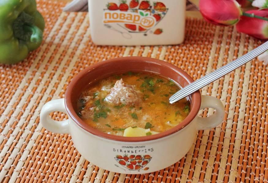 Рисовый суп с тушенкой
