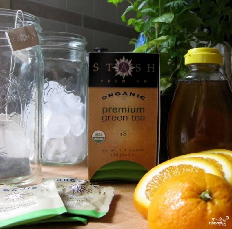 Подготовьте все ингредиенты. Чай зеленый любой подойдет, так что возьмите ваш любимый.
