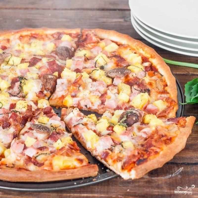 Пицца гавайская с ананасами