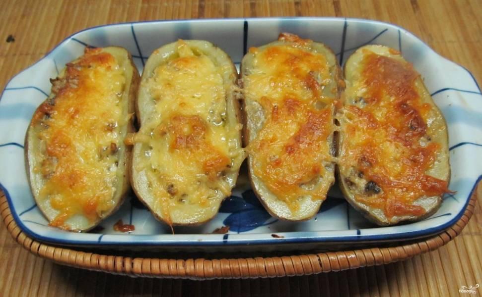 Картошка, фаршированная шампиньонами
