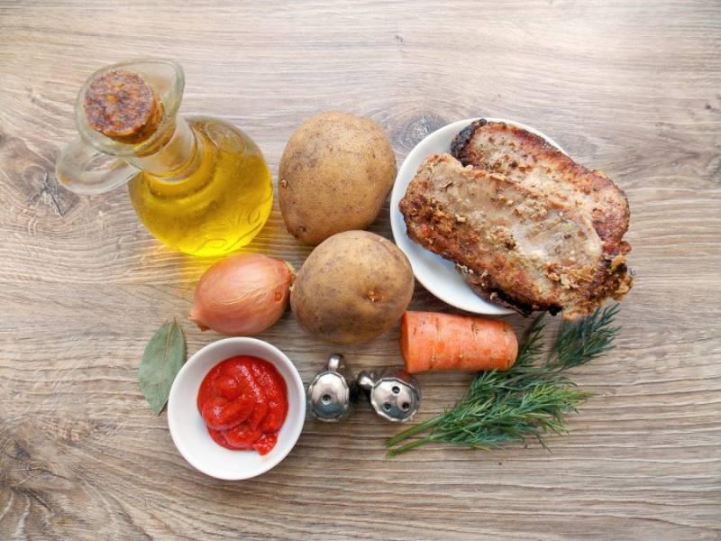 Подготовьте все необходимые ингредиенты для приготовления супа из шашлыка.