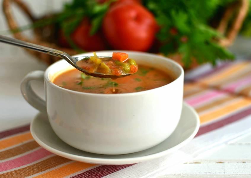 Суп томатный с овощами и плавленым сыром