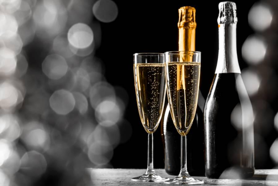 Топ-10 простых рецептов с шампанским