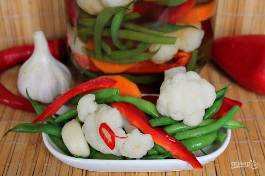 Овощи туршу готовы. Приятного аппетита. Храним засоленные овощи в холодильнике.