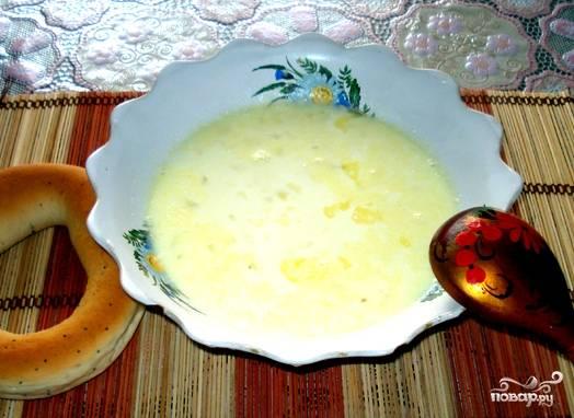 Готовый суп накрываем крышкой, даем ему постоять минут 7. Пшенка еще больше разбухнет. Этот суп можно кушать на завтрак, обед и ужин. Универсальное блюдо для детей!