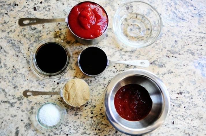 Подготовьте все ингредиенты для соуса.