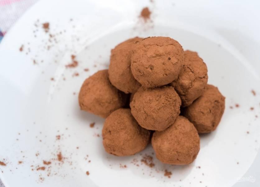 Шоколадные трюфели с авокадо